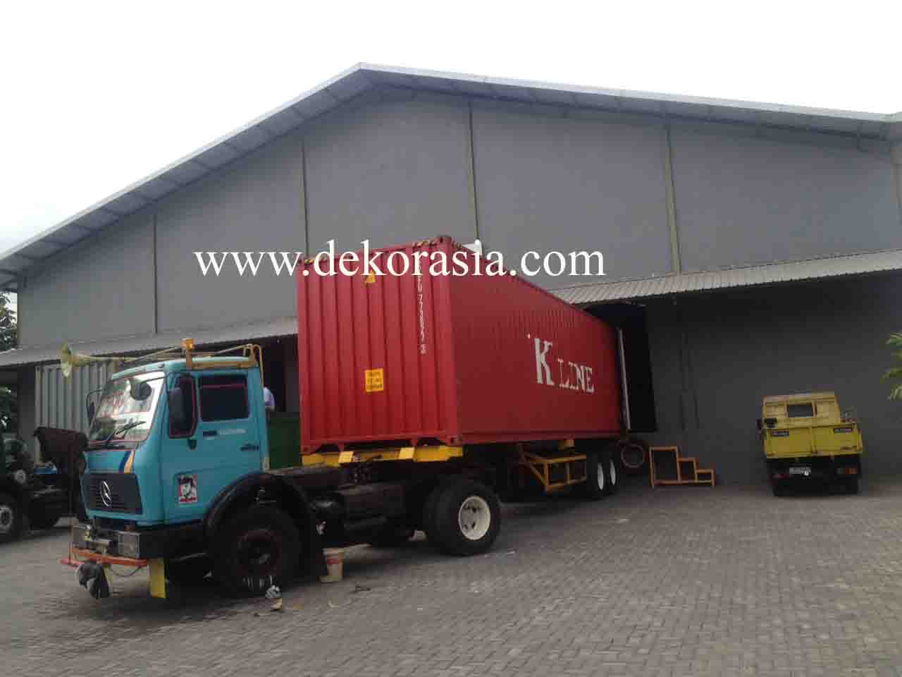 WAREHOUSE AT KARYA MULIA CARGO