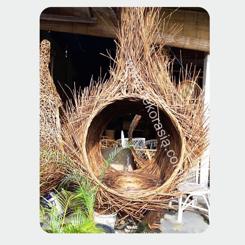Giant Bird Nest / Big Bird Nest, Relaxing in a bird-nest, Large Birds Nest in the Tree | bird nest indonesia