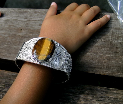 Silver Bracelate With Natural Stone
