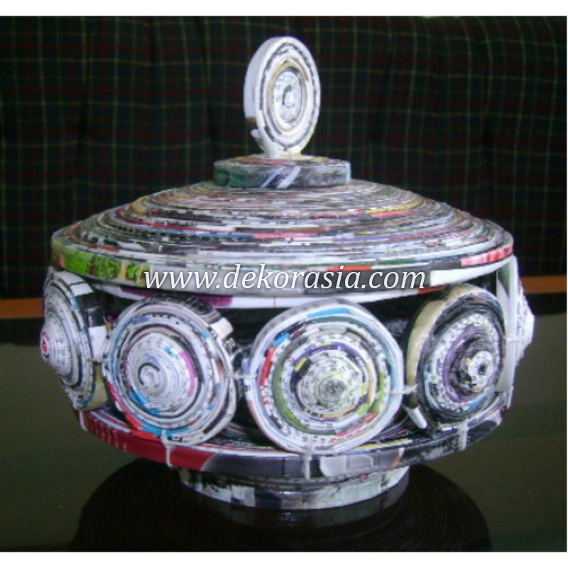 ROUND BOTTLE WASTE MAGAZINE PAPER COIL