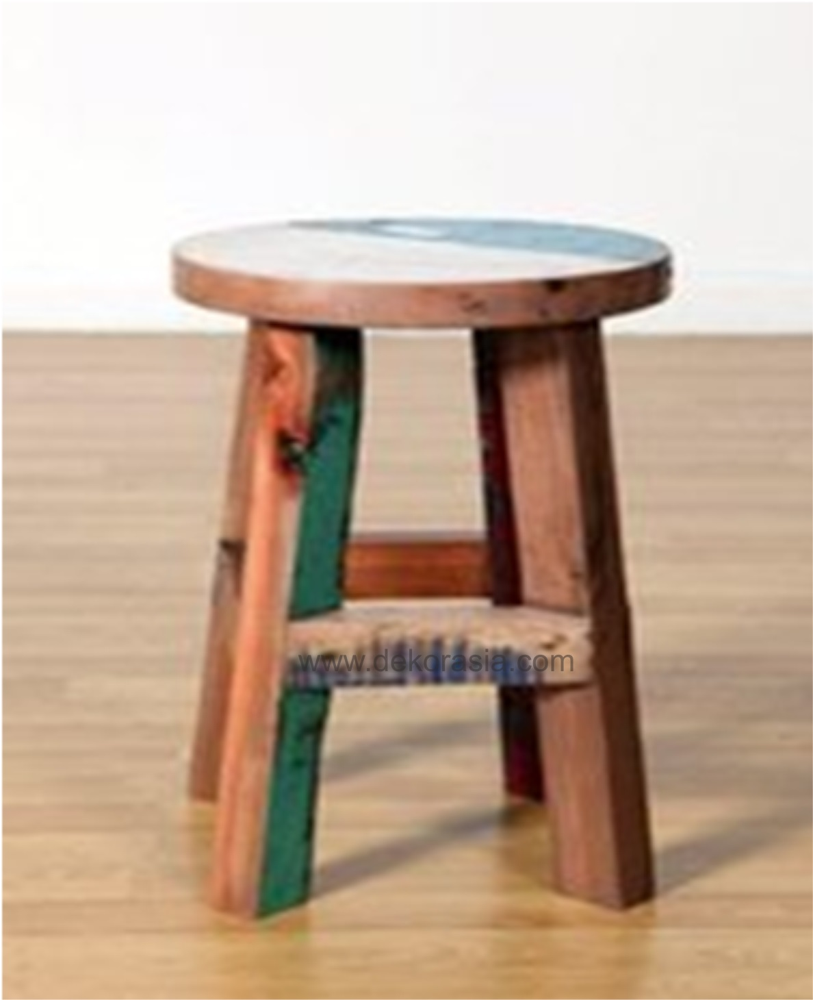 Round stool square line base